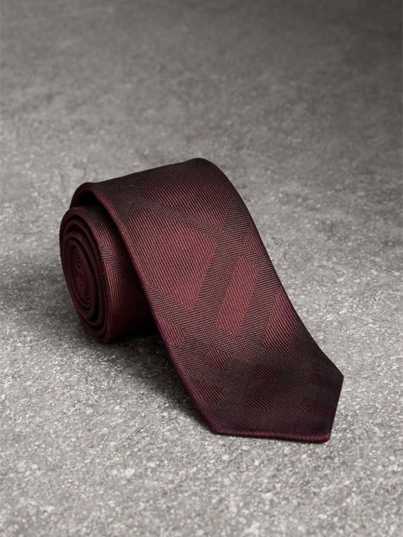 Slim Cut Check Silk Tie in Deep Claret