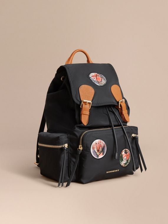 "The Large Rucksack mit ""Pallas Heads""-Applikationen"