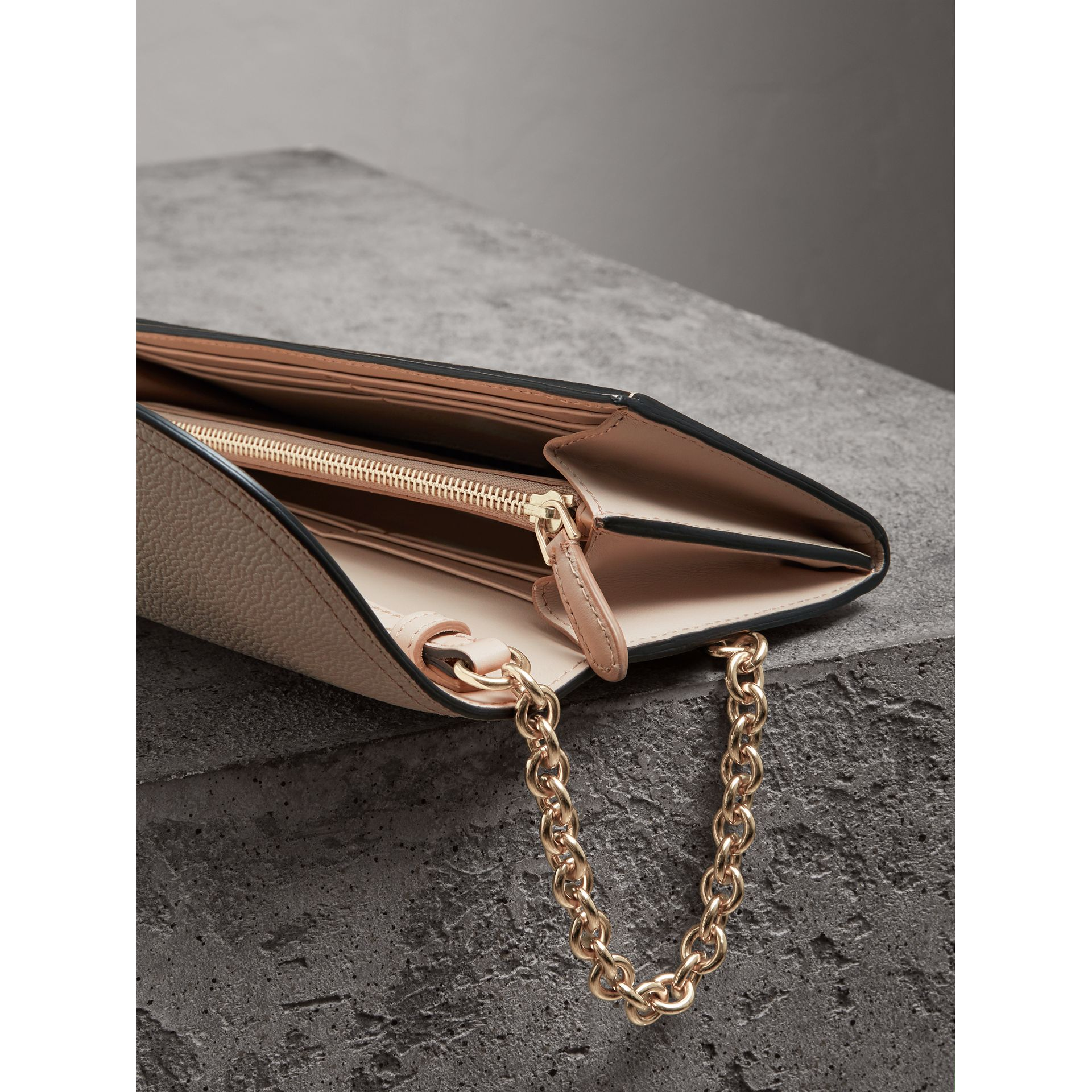 Leather Wallet with Chain in Limestone - Women | Burberry Singapore - gallery image 5