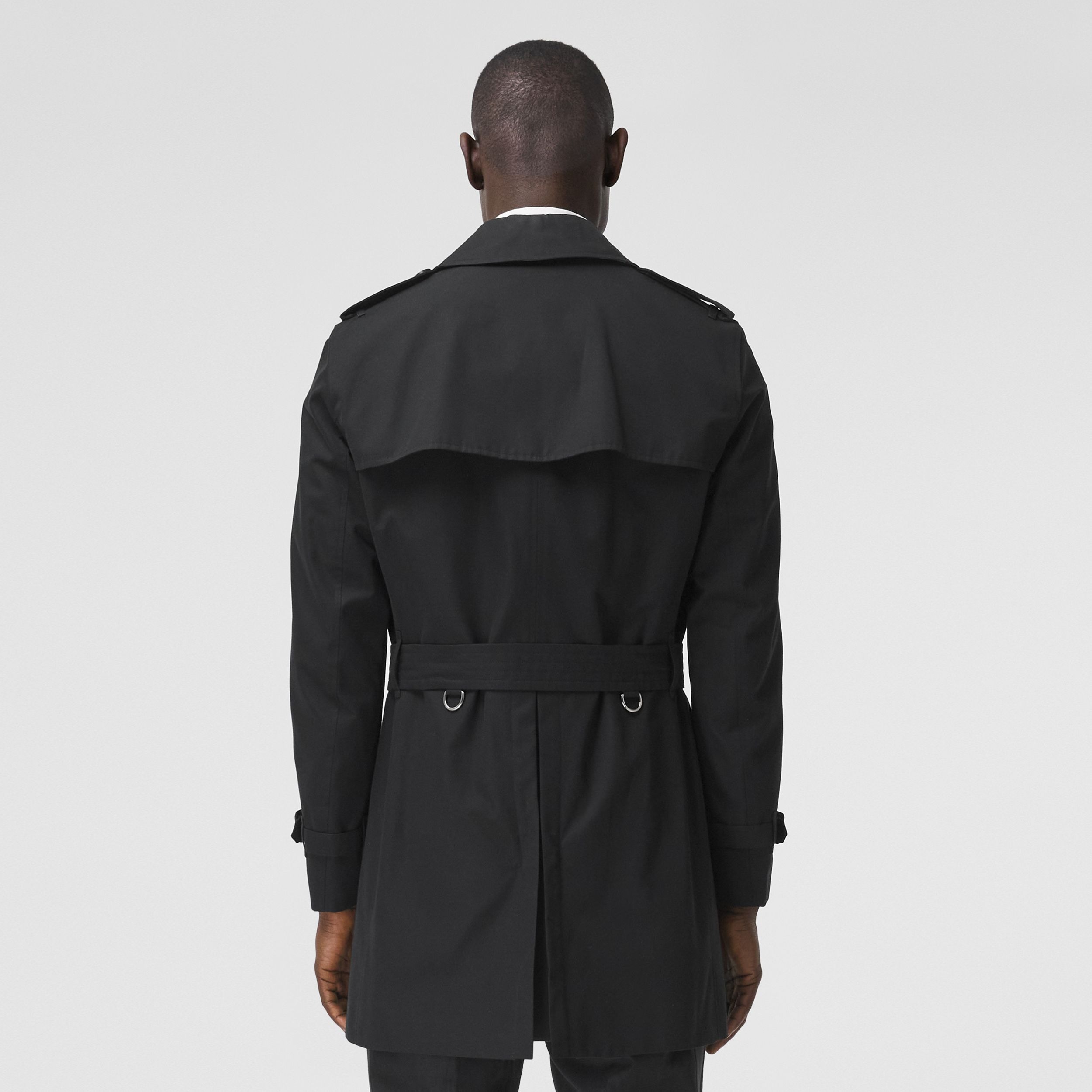 The Short Wimbledon Trench Coat in Black - Men | Burberry Hong Kong S.A.R. - 3
