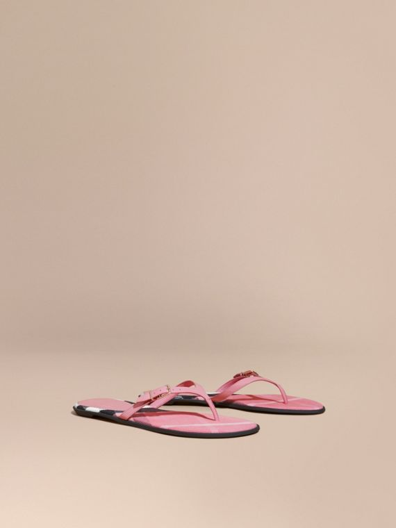 House Check and Patent Leather Flip-flops Berry Pink