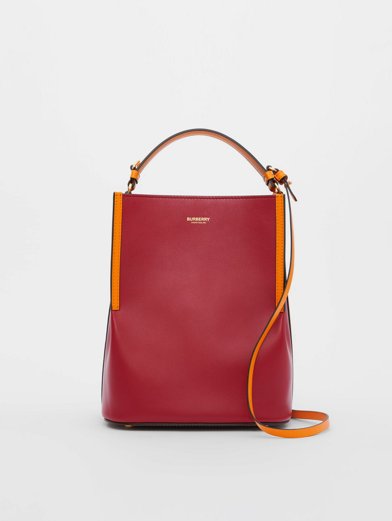 Small Two-tone Leather Peggy Bucket Bag in Crimson