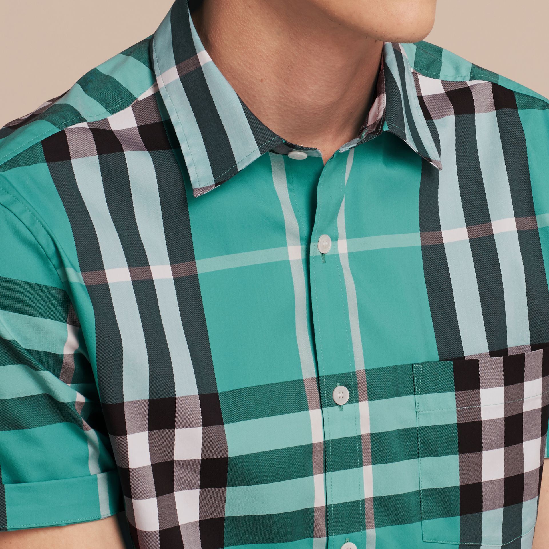 Short-sleeved Check Stretch Cotton Shirt in Cyan Green - Men | Burberry Canada - gallery image 5