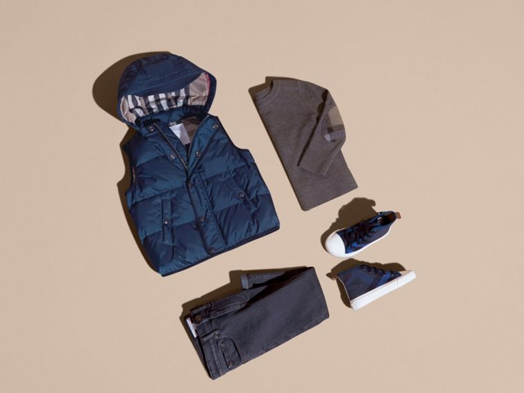 Down-filled Hooded Gilet in Ink Blue - Boy | Burberry - cell image 4