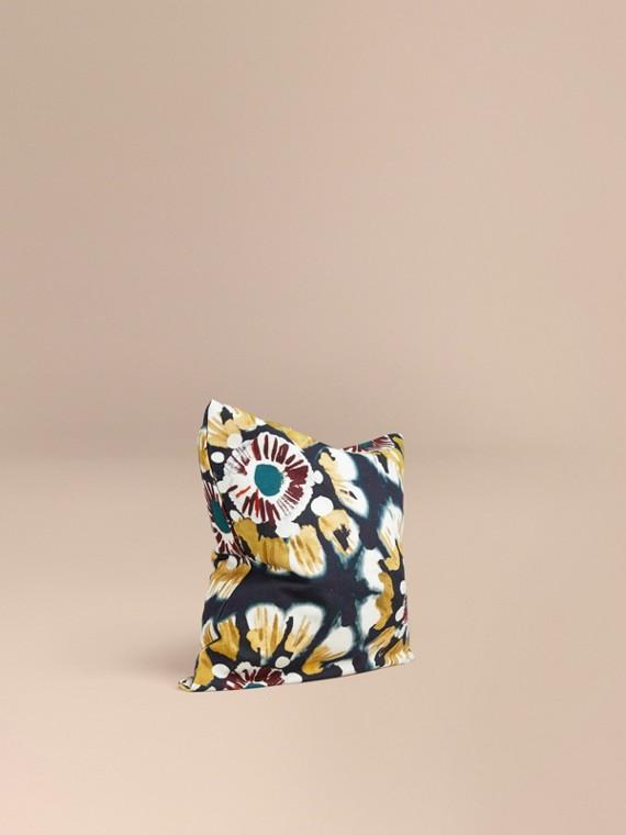 Housse de coussin en coton à motif floral façon tie and dye Encre