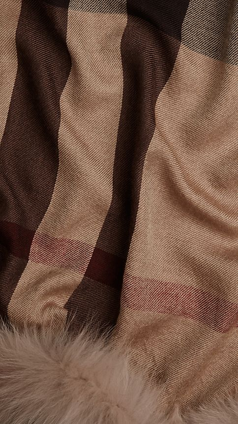 Smoked trench check Fur Trim Cashmere Check Scarf Smoked Trench - Image 3
