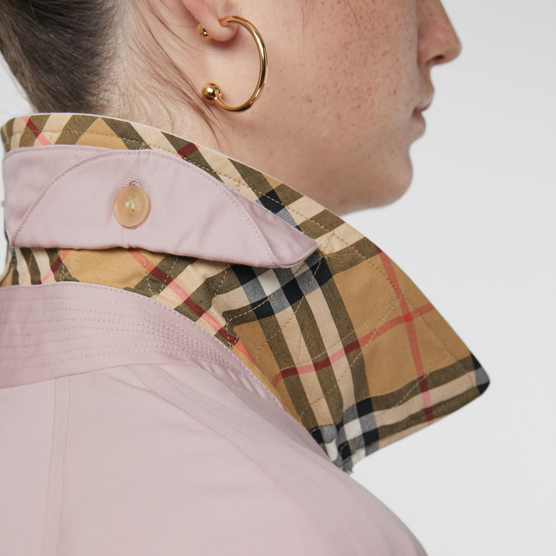 The Camden Car Coat in Ice Pink - Women | Burberry United Kingdom - gallery image 5