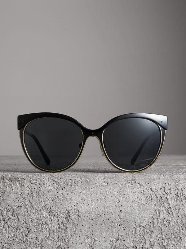 Cat-eye Frame Sunglasses in Black - Women | Burberry Canada - cell image 3