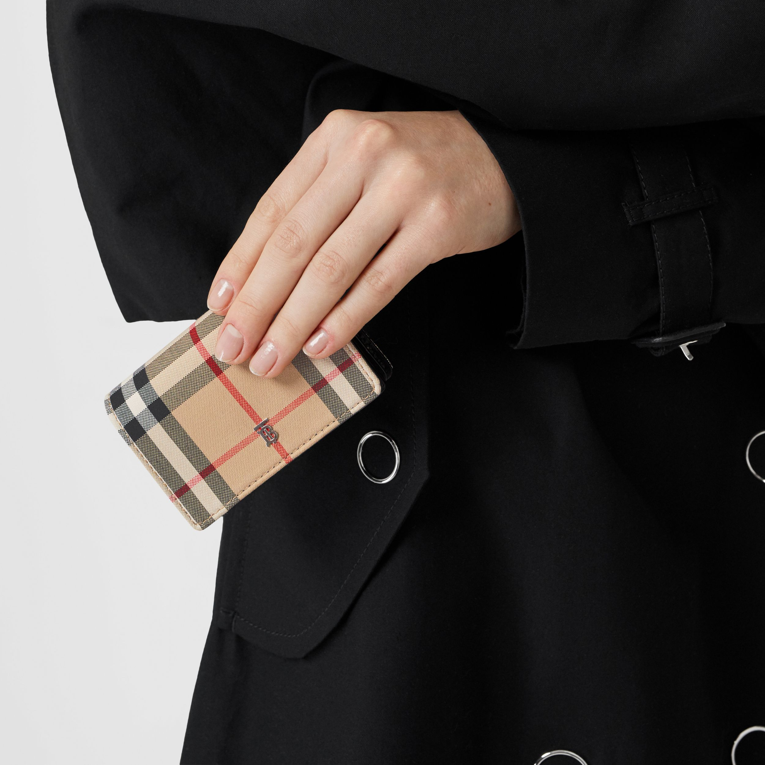 Vintage Check Card Case with Detachable Strap in Black - Women | Burberry Hong Kong S.A.R. - 3