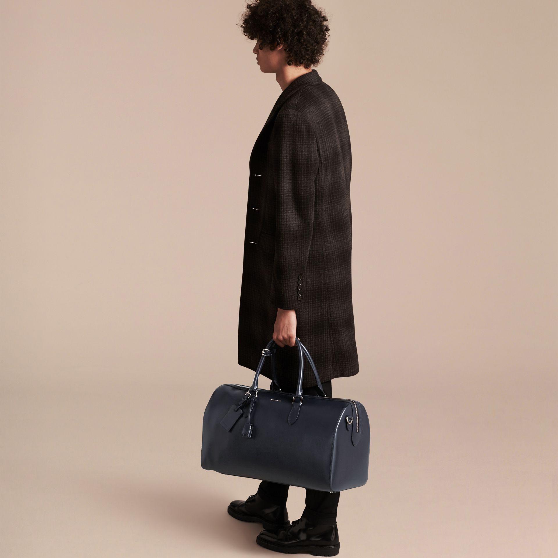 Dark navy London Leather Holdall Dark Navy - gallery image 3
