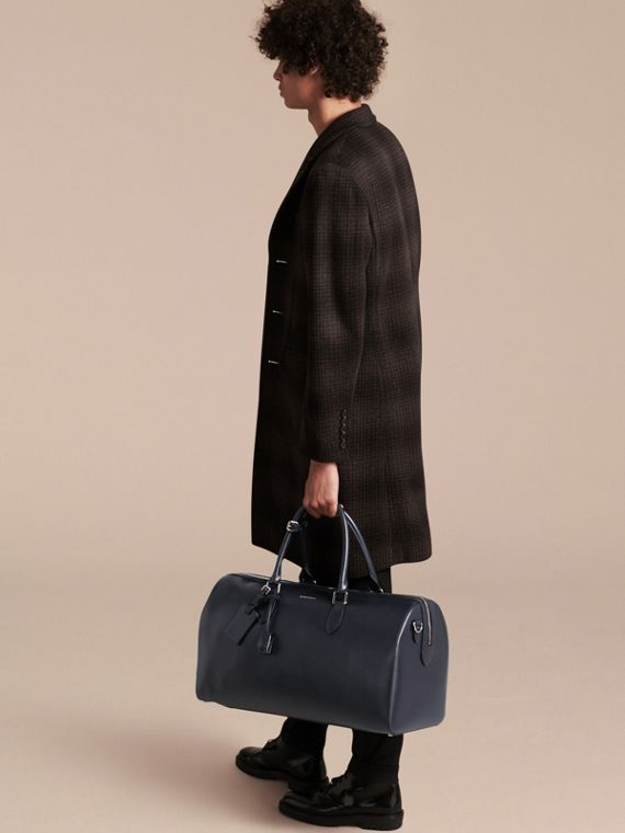 London Leather Holdall in Dark Navy - Men | Burberry - cell image 2