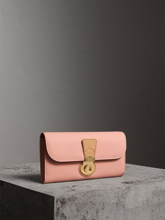 Two-tone Trench Leather Continental Wallet in Ash Rose/pale Clementine - Women | Burberry