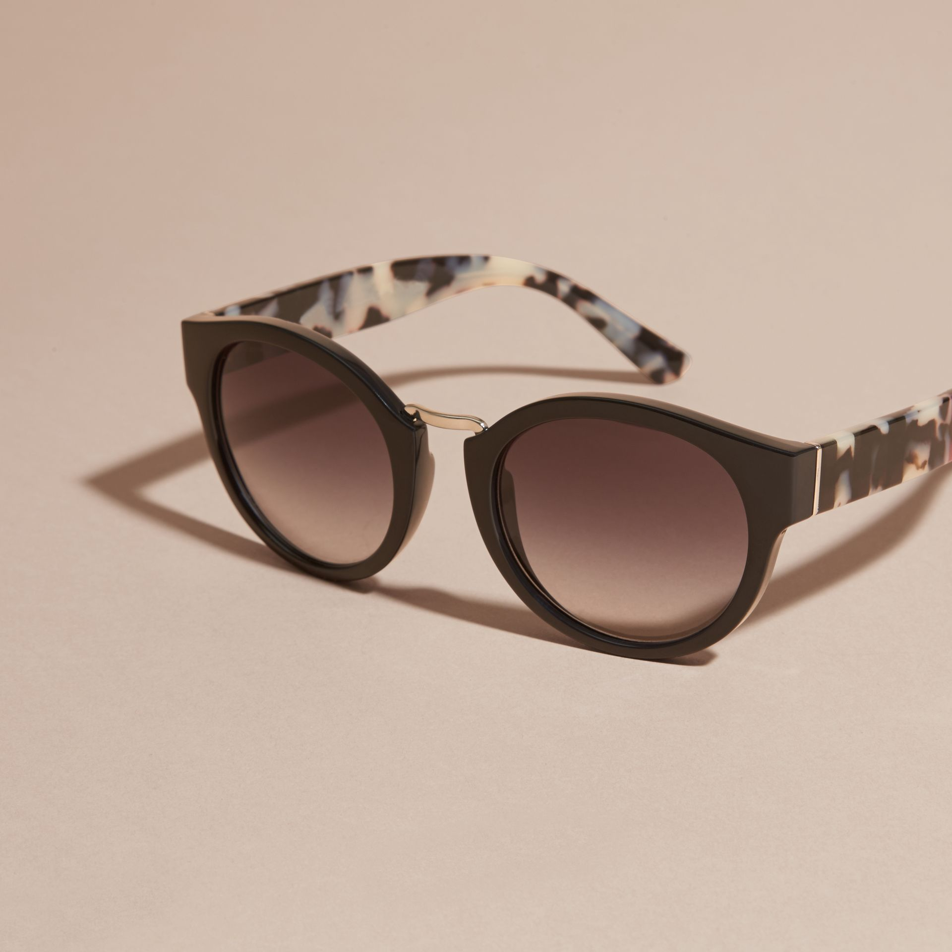 Check and Camouflage Detail Round Frame Sunglasses in Black - Women | Burberry - gallery image 3