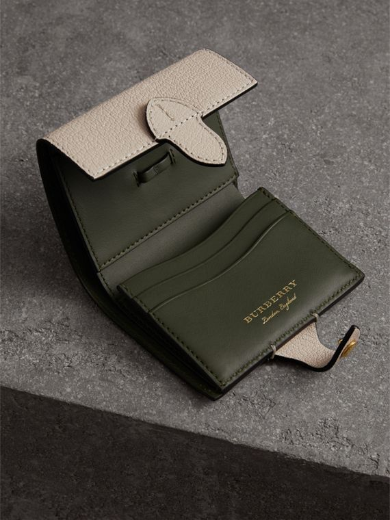 Equestrian Shield Two-tone Leather Folding Wallet in Stone - Women | Burberry United Kingdom - cell image 3