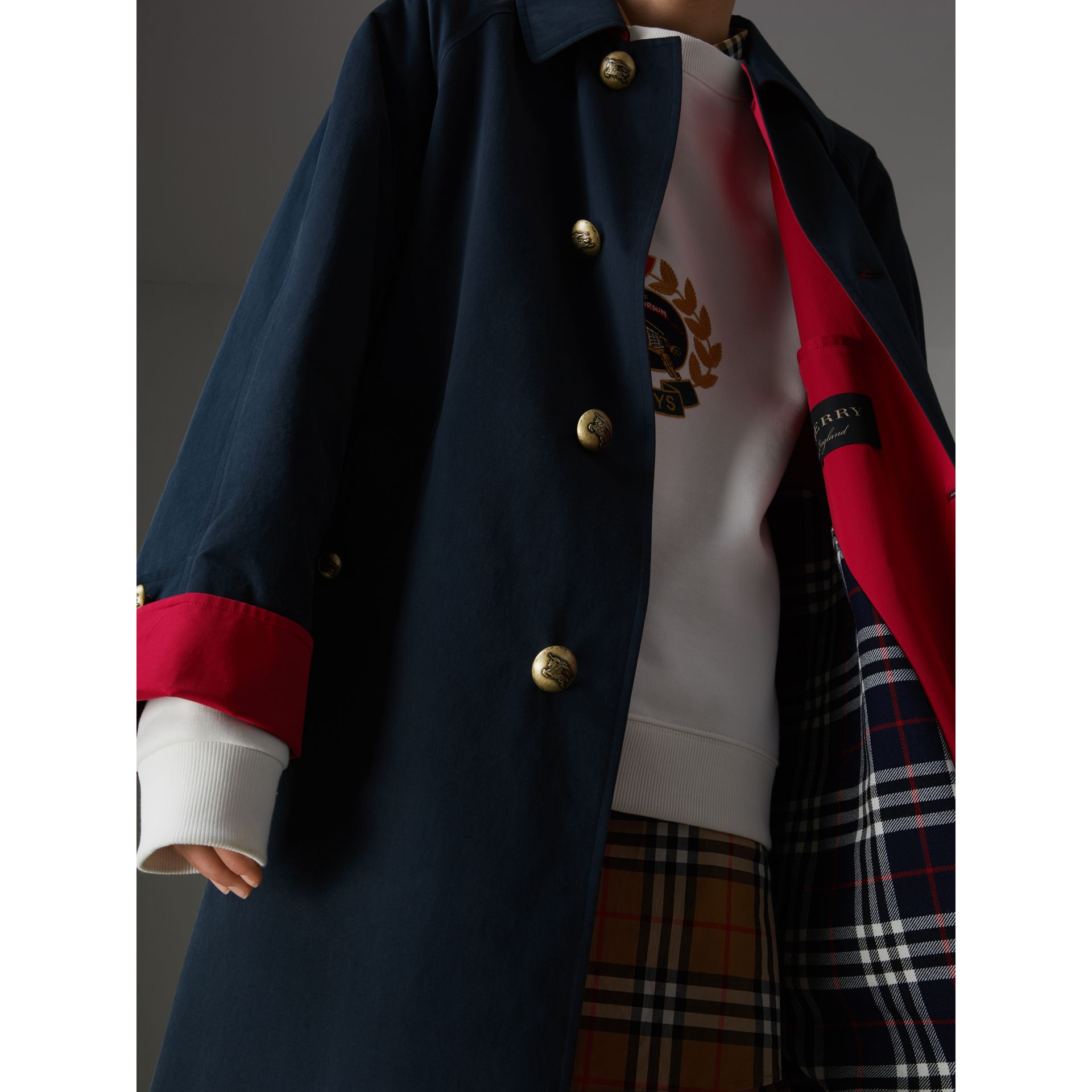 Reissued Waxed Cotton Gabardine Car Coat in Navy - Women | Burberry Canada - gallery image 1