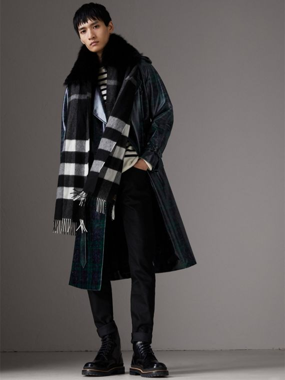 Fox Fur Trim Check Cashmere Scarf in Black/black - Women | Burberry Australia - cell image 3