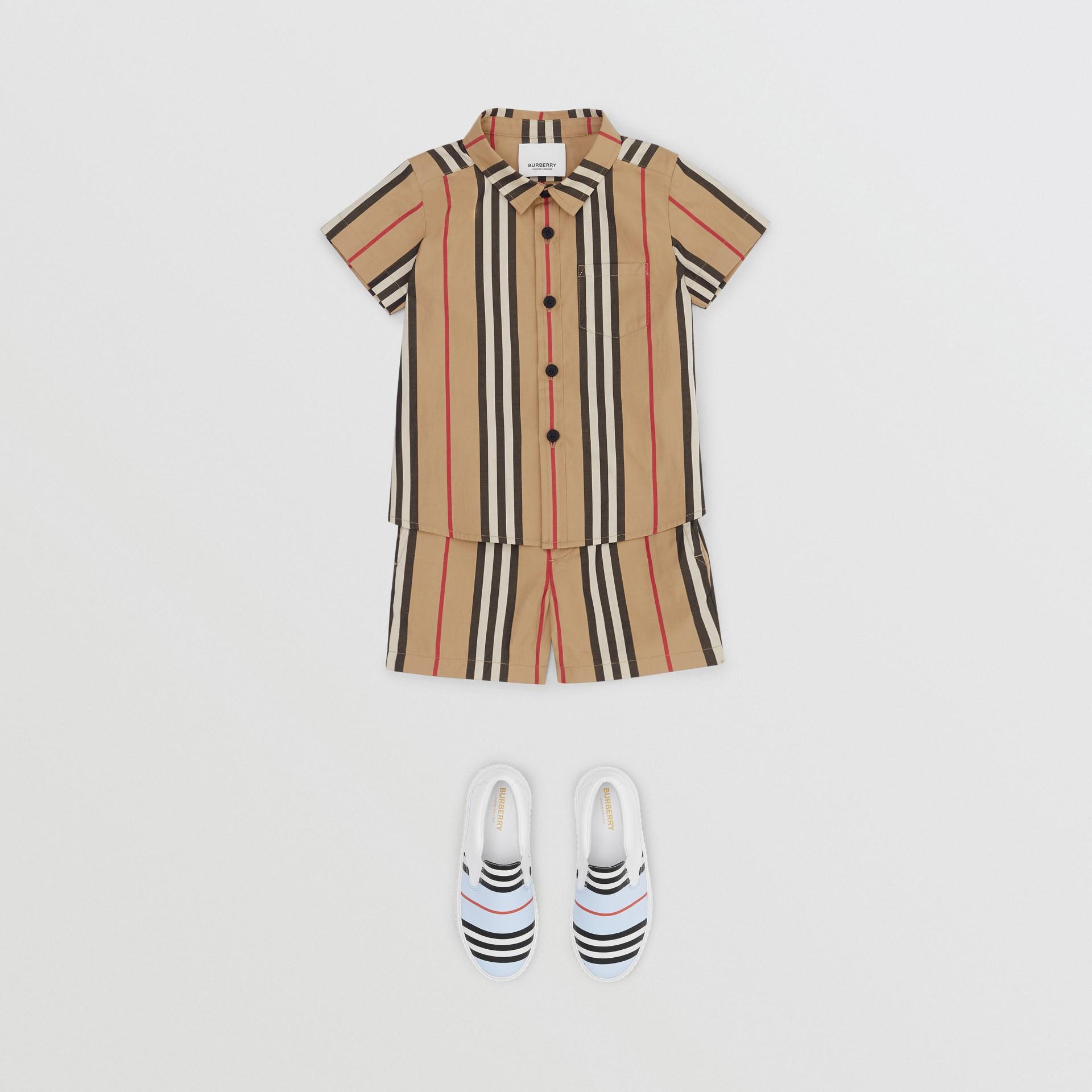 Icon Stripe Cotton Chino Shorts in Archive Beige - Children | Burberry - gallery image 2