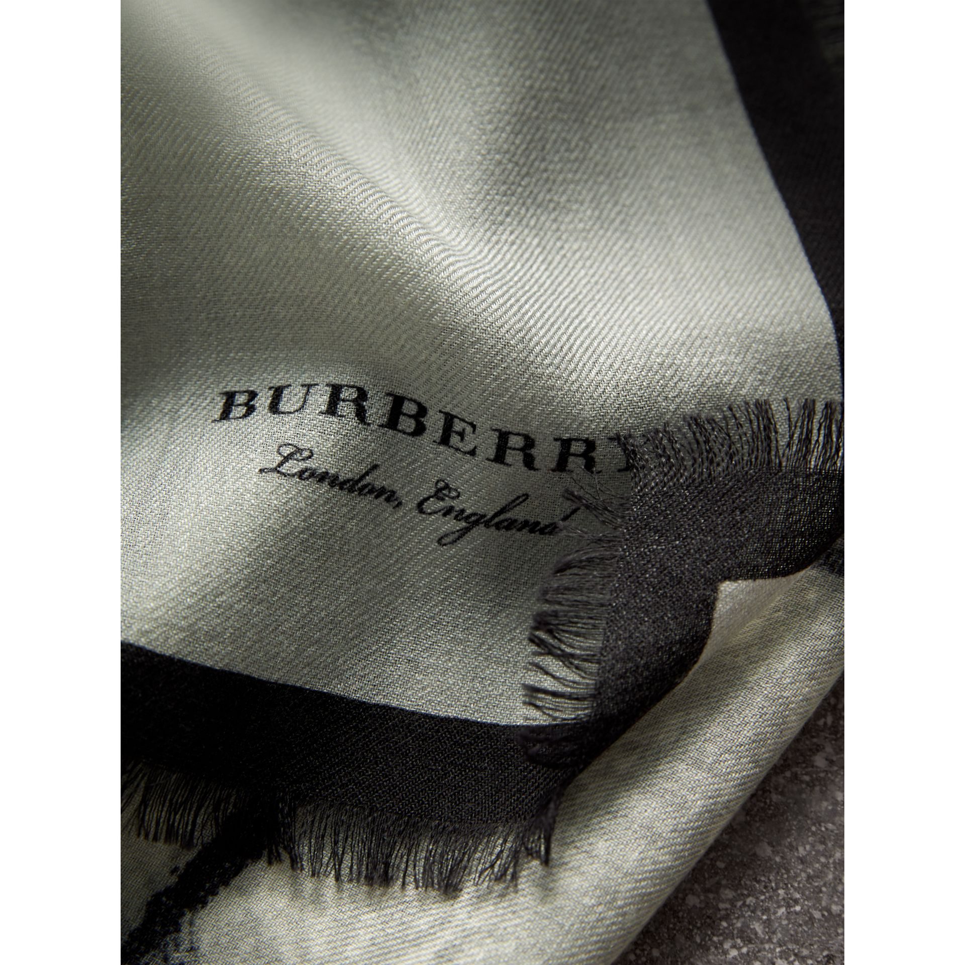 Pallas Helmet Motif Cashmere Scarf in Grey - Men | Burberry United Kingdom - gallery image 2