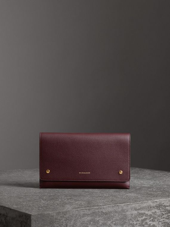 Two-tone Leather Wristlet Clutch in Deep Claret