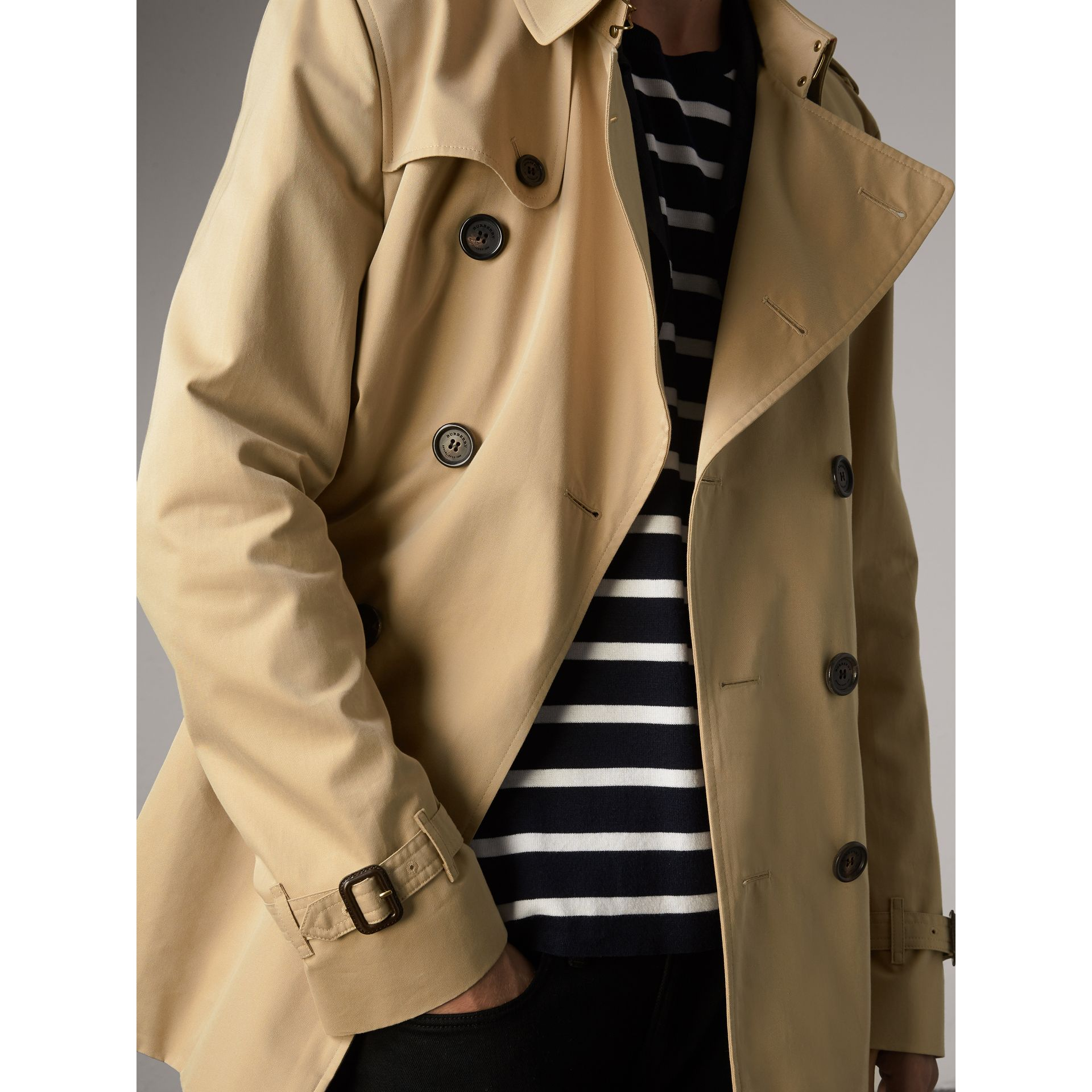 The Kensington – Short Trench Coat in Honey - Men | Burberry United States - gallery image 6
