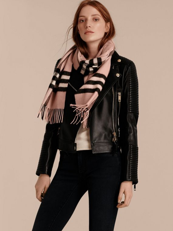 The Classic Cashmere Scarf in Check in Ash Rose - cell image 2