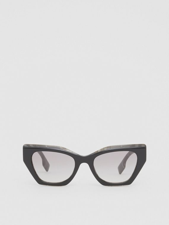 Butterfly Frame Sunglasses in Grey