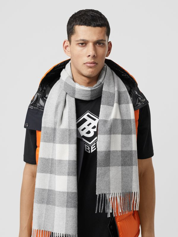 Check Cashmere Scarf in Light Grey | Burberry United States - cell image 3