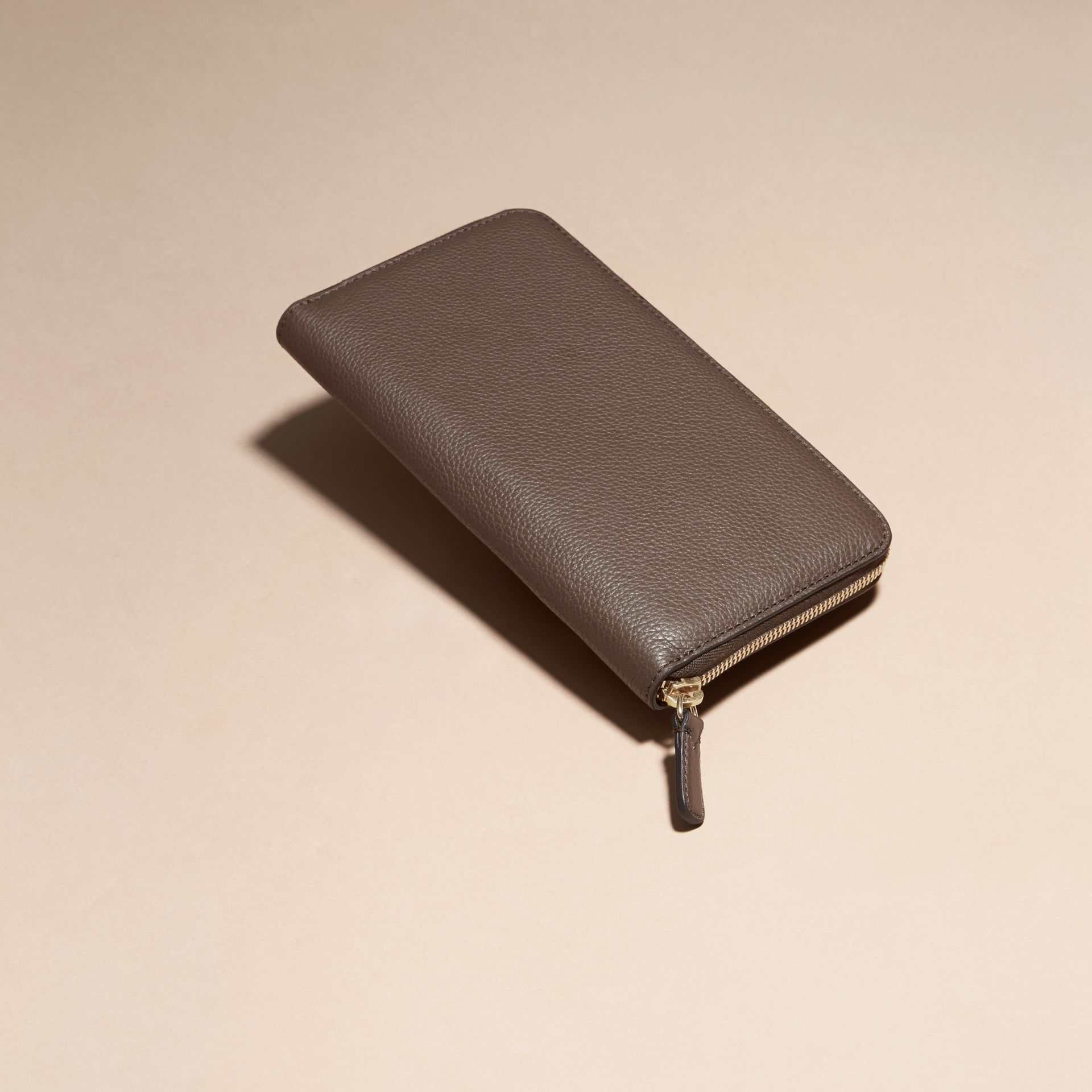Deep taupe brown Grainy Leather Ziparound Wallet Deep Taupe Brown - gallery image 4