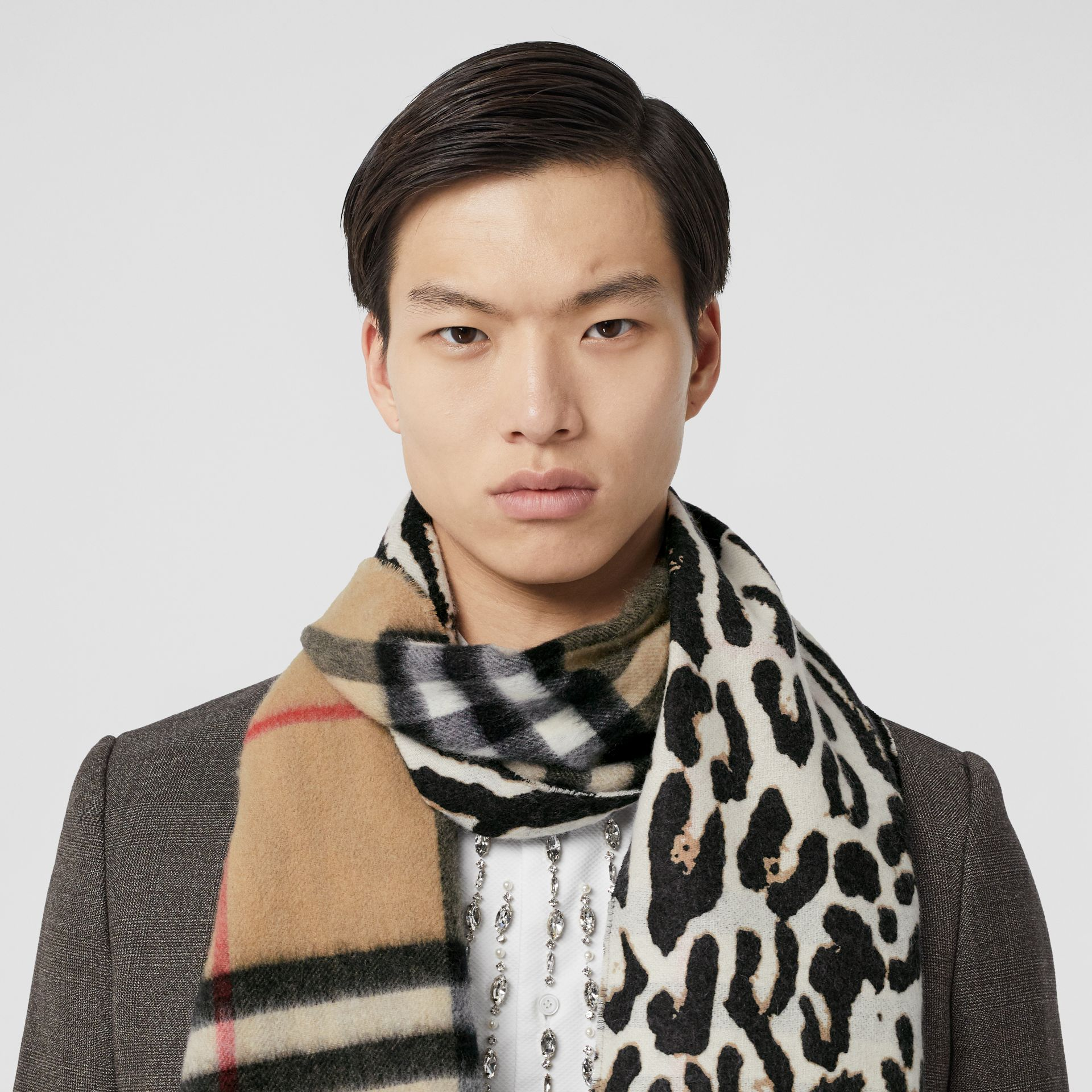 Leopard Print and Check Cashmere Scarf in Black | Burberry - gallery image 3