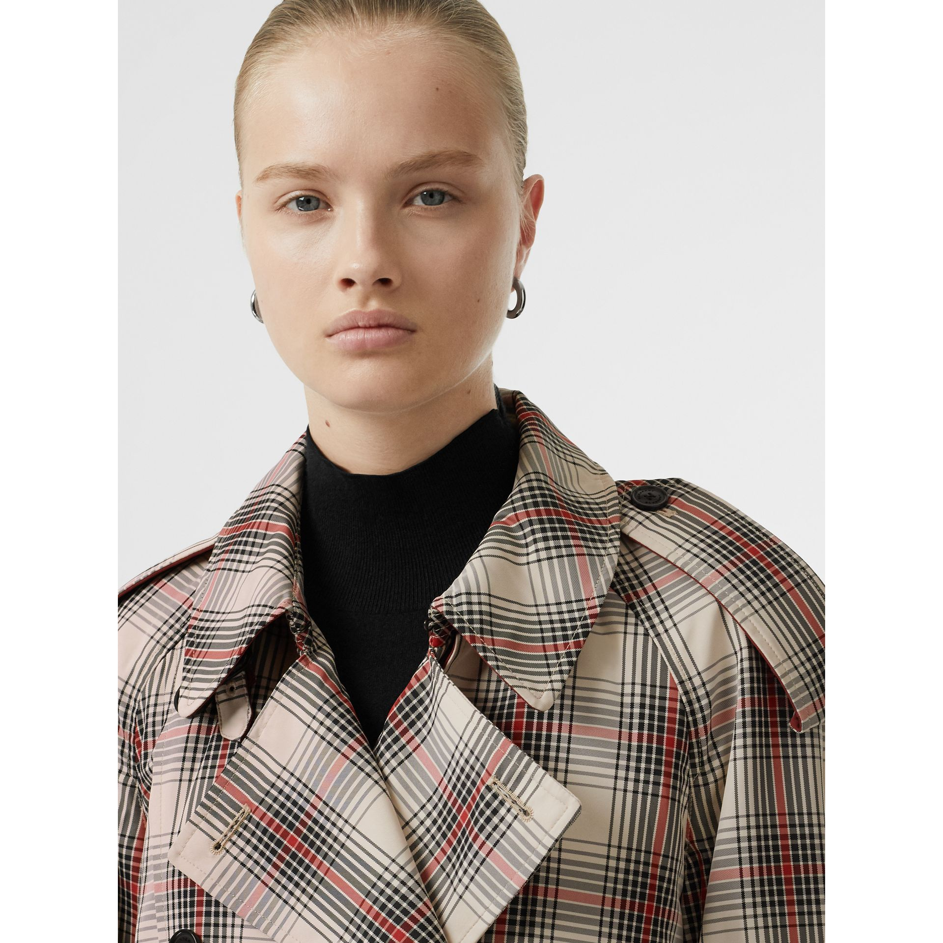 Lightweight Check Trench Coat in Light Nude - Women | Burberry United Kingdom - gallery image 1