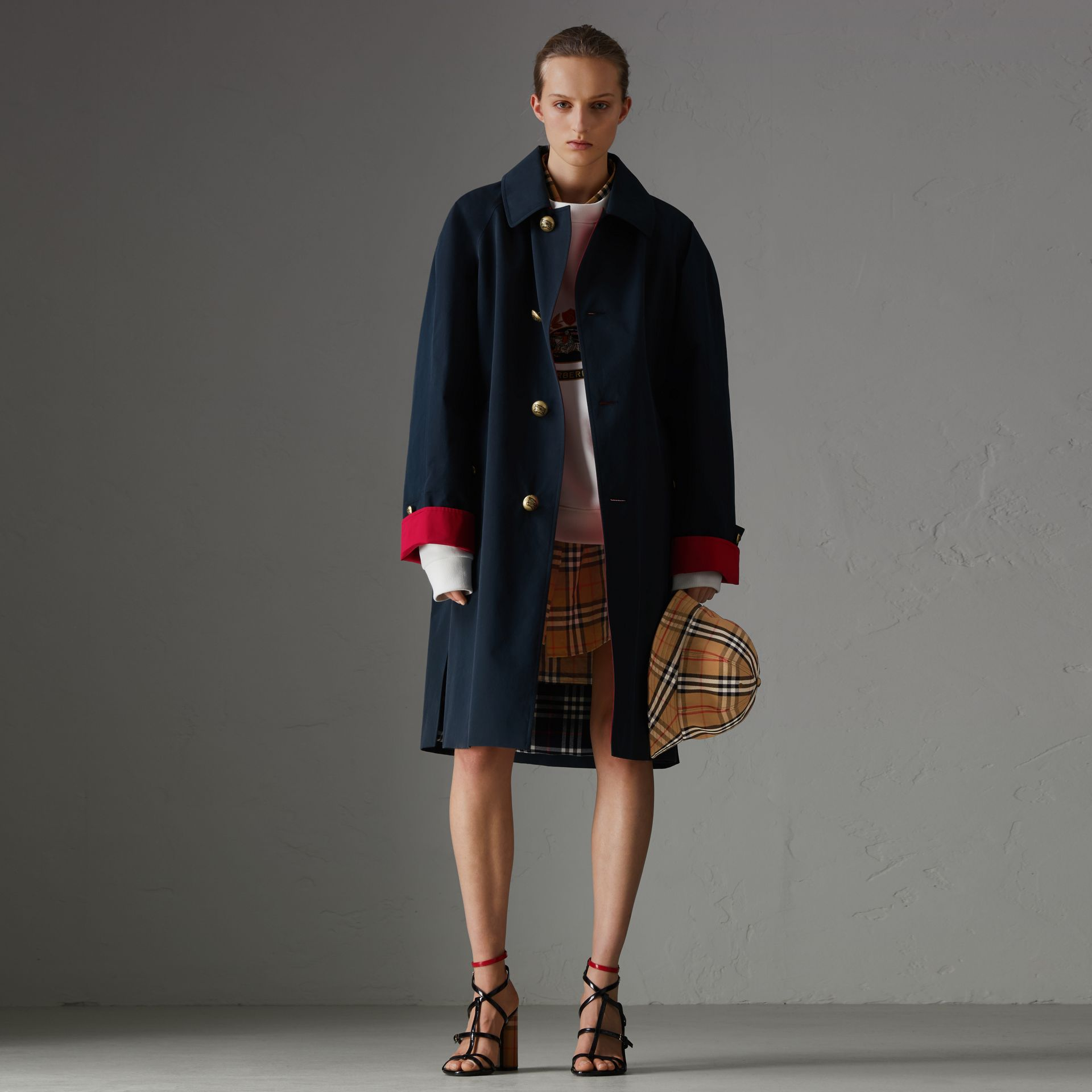 Reissued Waxed Cotton Gabardine Car Coat in Navy - Women | Burberry United Kingdom - gallery image 0
