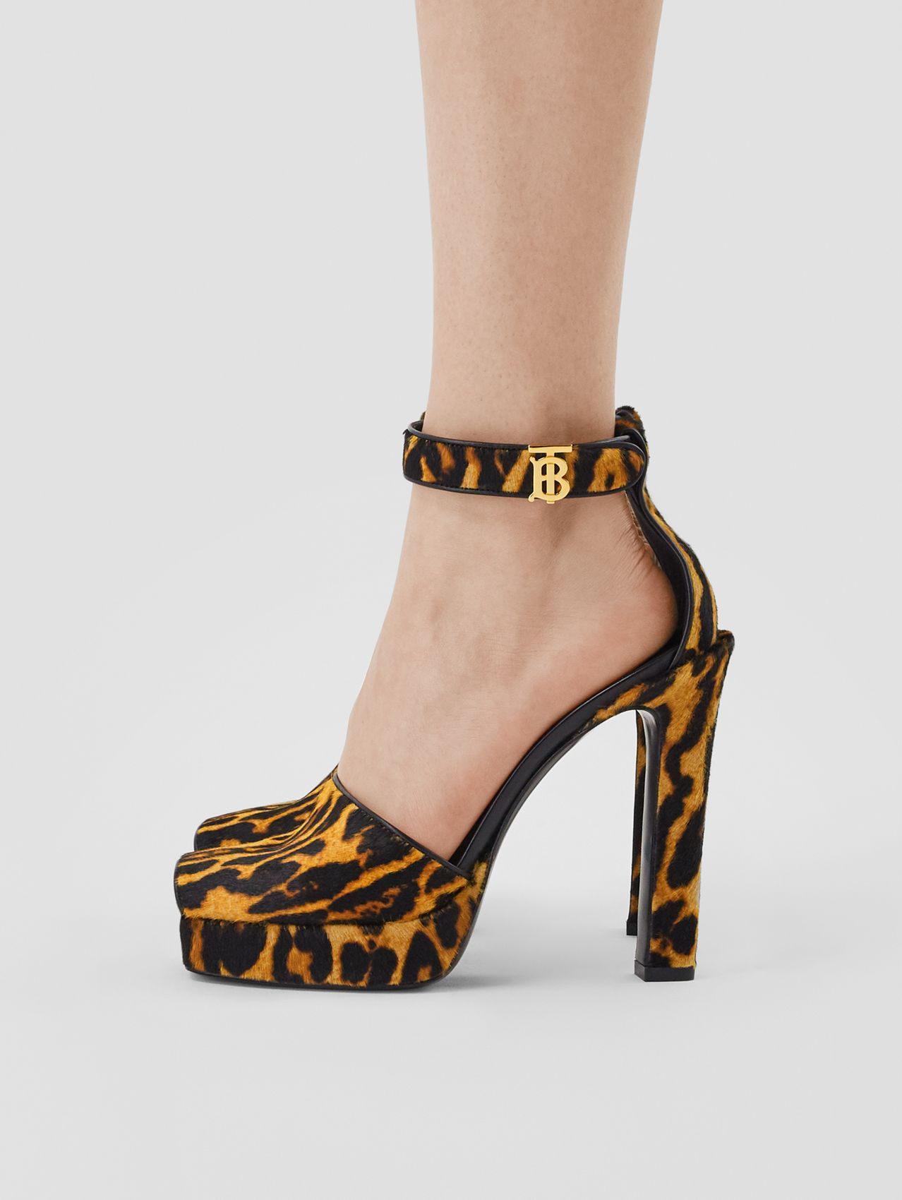 Leopard Print Calf Hair Peep-toe Sandals in Camel