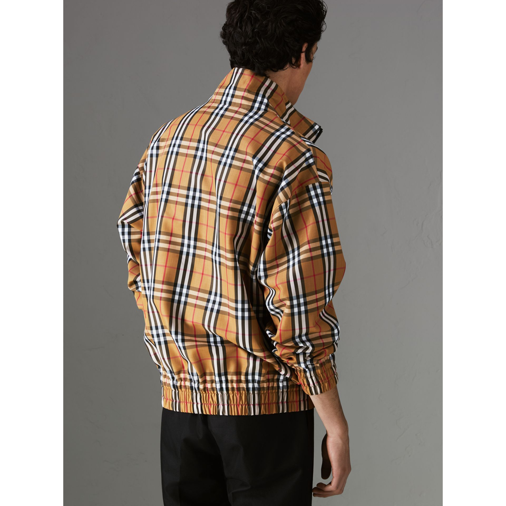 Vintage Check Lightweight Jacket in Antique Yellow - Men | Burberry United Kingdom - gallery image 2