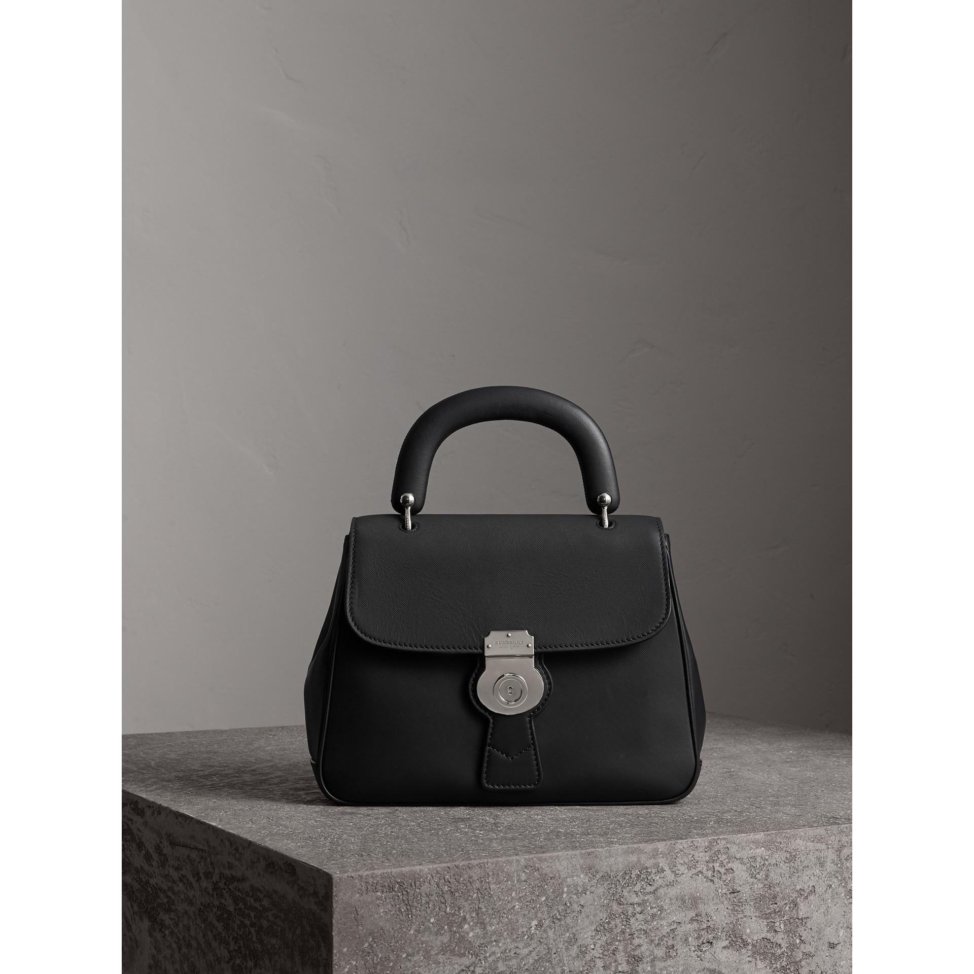 Bolsa de mão DK88 - Média (Preto 2) - Mulheres | Burberry - galeria de imagens 1
