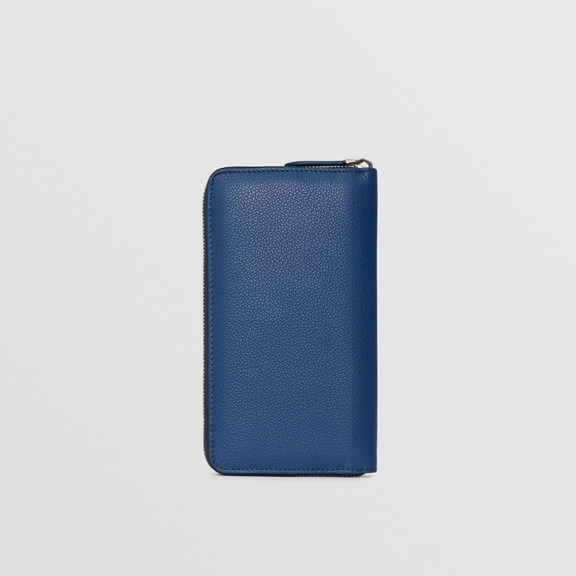 Grainy Leather Ziparound Wallet in Bright Ultramarine - Men | Burberry Hong Kong - gallery image 5