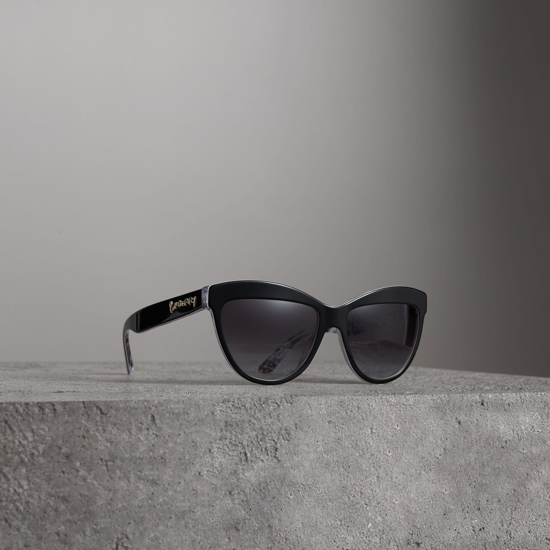 Doodle Cat-eye Frame Sunglasses in Black - Women | Burberry United States - gallery image 0