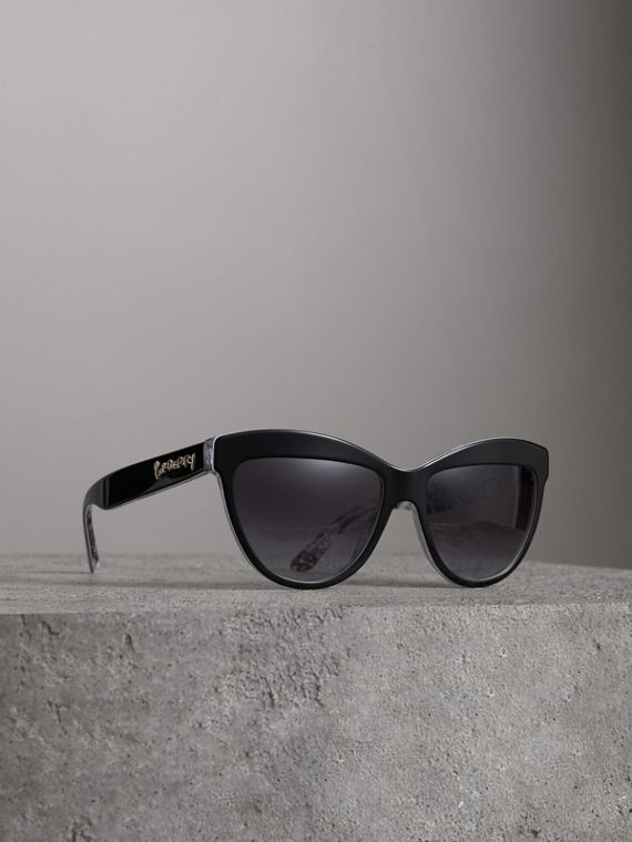 Doodle Cat-eye Frame Sunglasses in Black