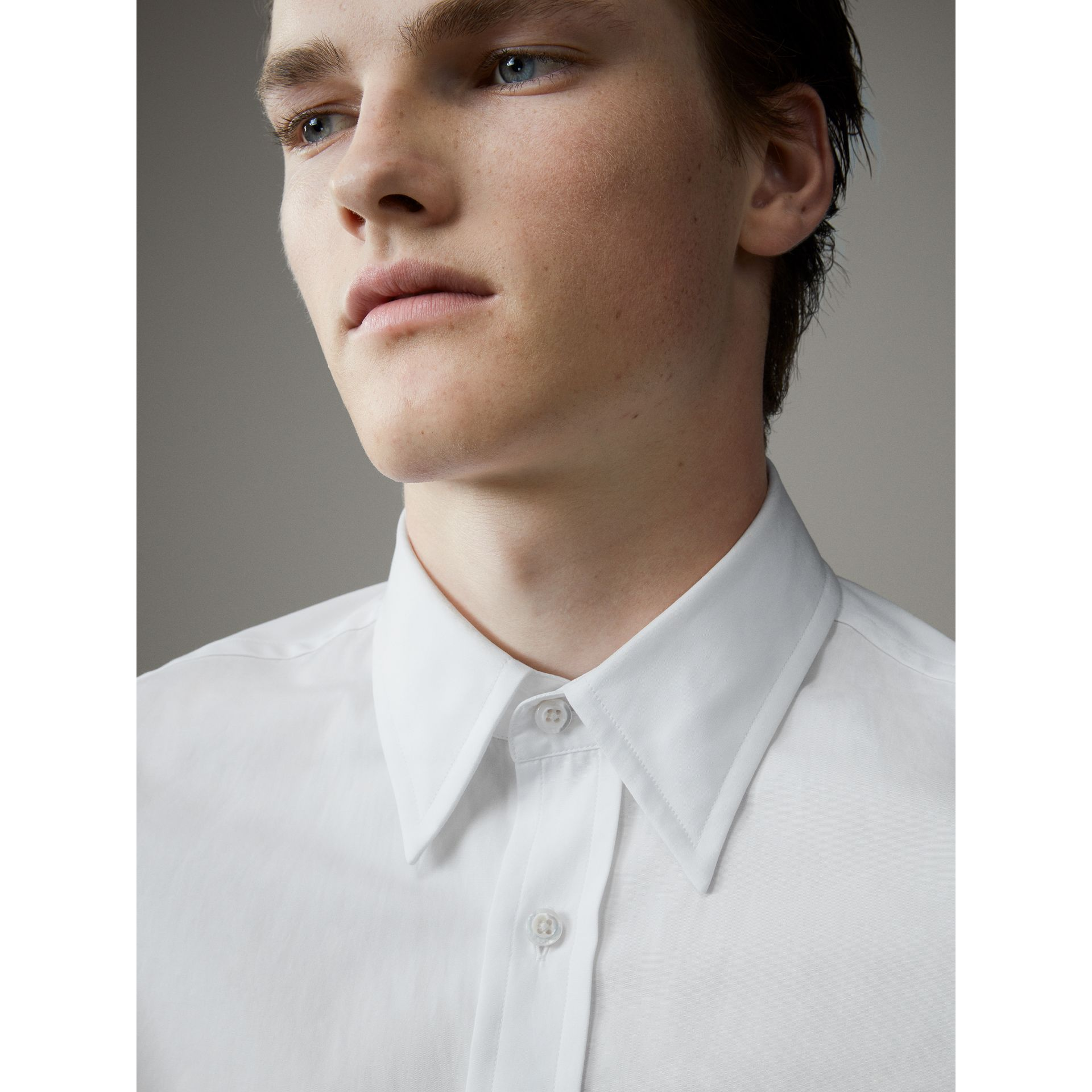 Worsted Cotton Poplin Evening Shirt in White - Men | Burberry - gallery image 2