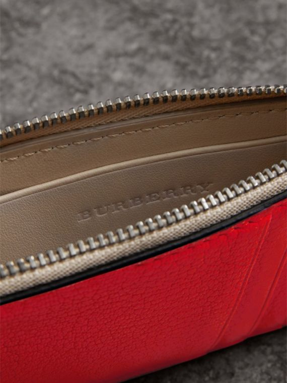 Two-tone Leather Zip Card Case in Bright Red | Burberry Singapore - cell image 3