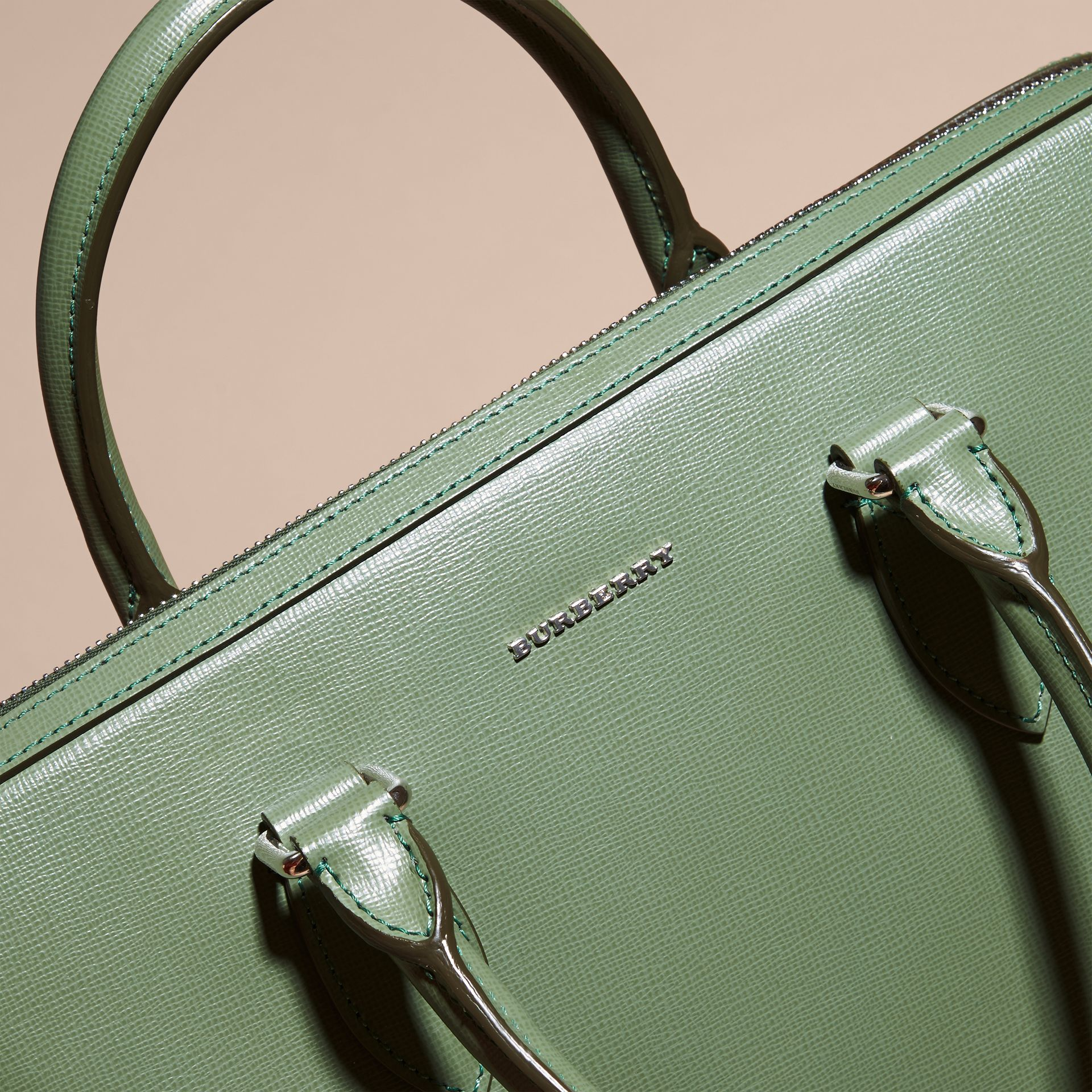 The Slim Barrow in London Leather in Antique Green - Men | Burberry - gallery image 2