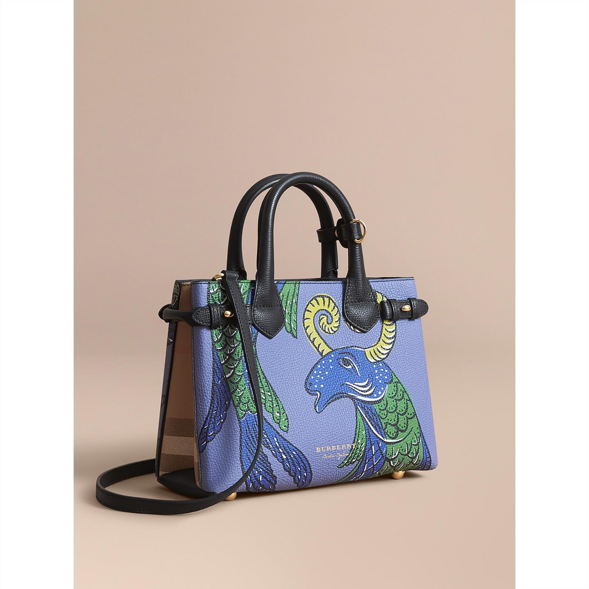 Bolsa Banner pequena de couro com estampa Beasts (Preto) - Mulheres | Burberry - galeria de imagens 1