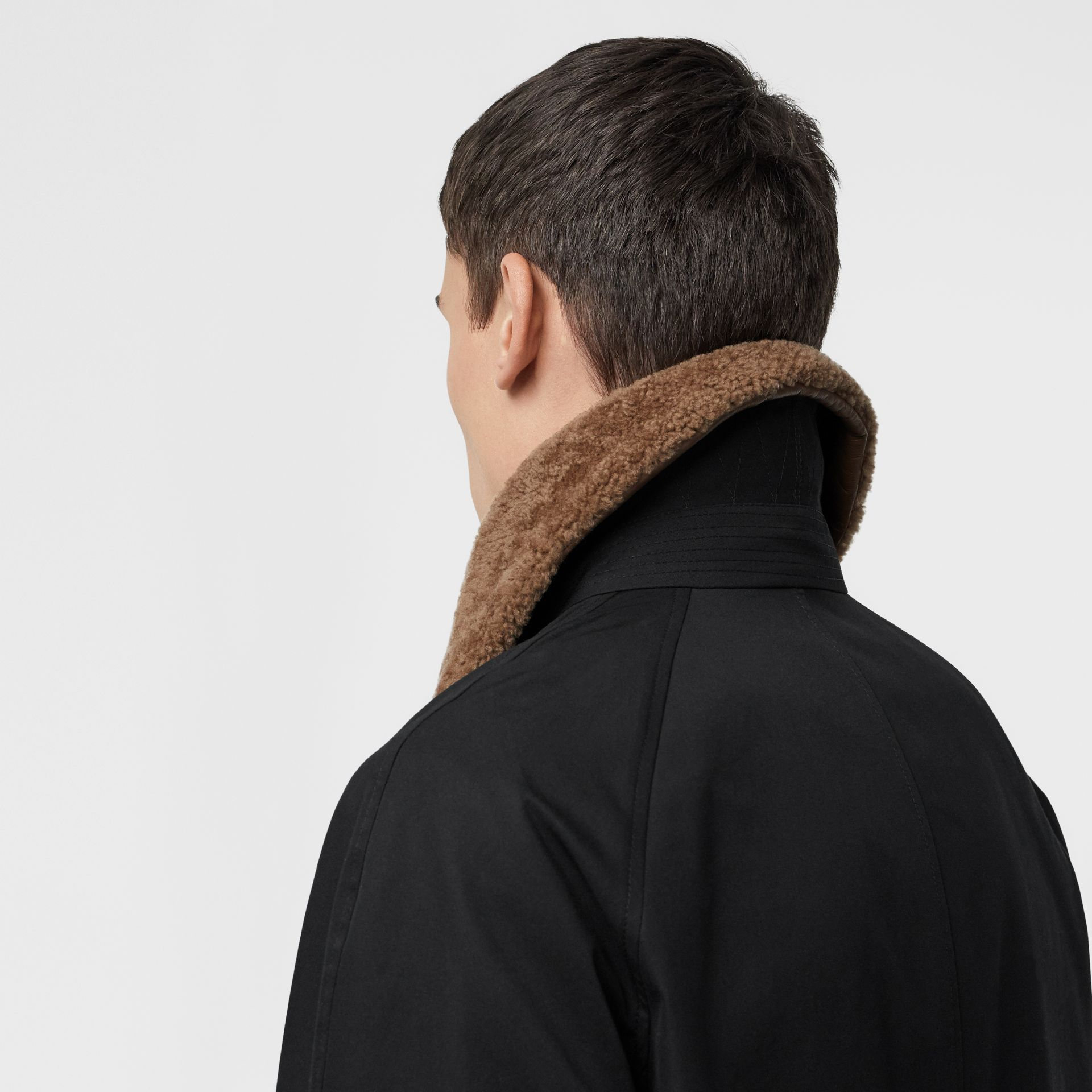 Contrast Shearling Collar Cotton Car Coat in Black - Men | Burberry - gallery image 1