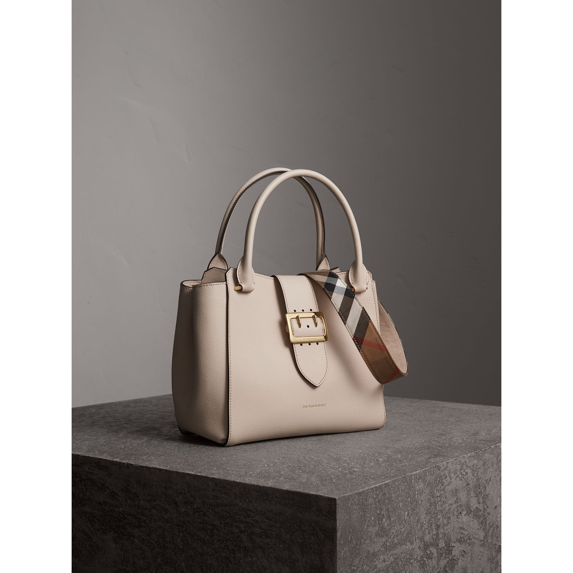 The Medium Buckle Tote in Grainy Leather in Limestone - Women | Burberry - gallery image 8