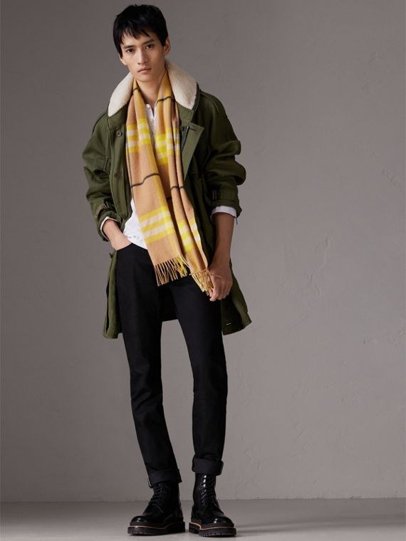 The Classic Check Cashmere Scarf in Bright Lemon | Burberry Singapore - cell image 3