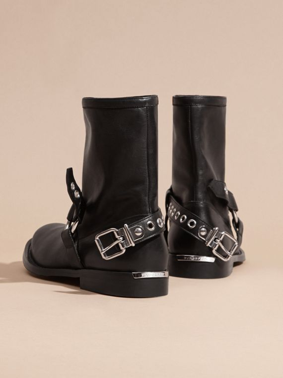 Black Buckle Detail Leather Biker Boots - cell image 3