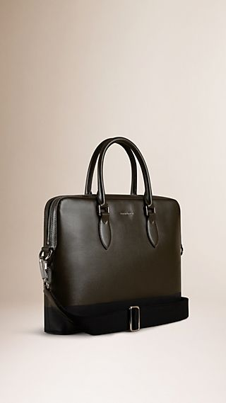 The Barrow in Textured Leather