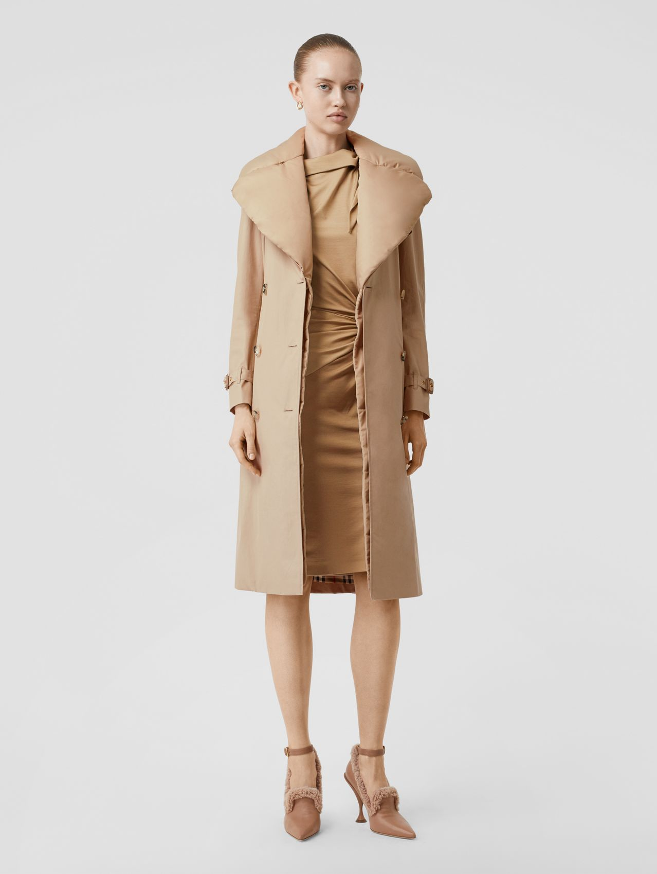 Detachable Collar Cotton Gabardine Trench Coat in Ecru