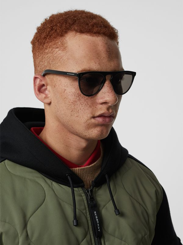 Keyhole D-shaped Sunglasses in Black - Men | Burberry United Kingdom - cell image 2
