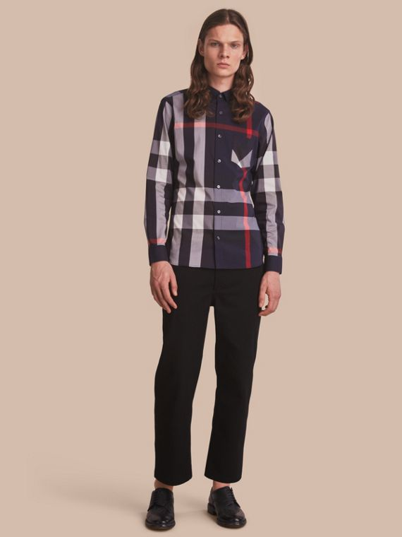 Camicia in misto cotone stretch con motivo tartan e colletto button-down Navy