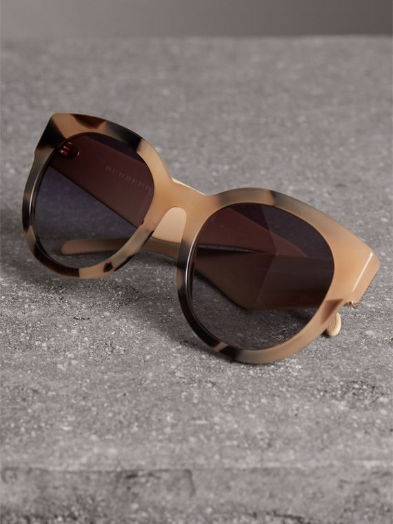 Round Frame Sunglasses in Honey - Women | Burberry - cell image 2